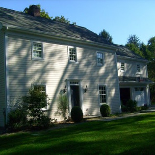 Annual Gutter Cleaning In Chappaqua, NY